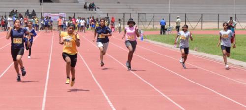 U-14 Years Girls 100 Meters